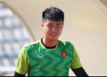 """Thủ môn U23 Việt Nam cũng phải """"chôn chân"""" trước cú phá bóng như dứt điểm của đồng đội"""