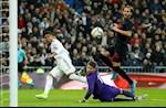 Real Madrid vuot kho truoc Sevilla: Cong dau cua thu linh Casemiro