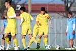 HLV Chu Dinh Nghiem lo lang cho hoc tro tai U23 Viet Nam