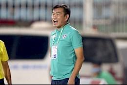 HLV Phan Thanh Hung chia tay Than Quang Ninh truoc them V-League 2021