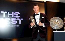 VIDEO: Khoanh khac Lewandowski vuot qua Ronaldo va Messi nhan giai THE BEST 2020