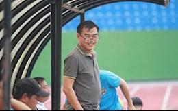 HLV Phan Thanh Hung moi chao cac hoc tro cu den voi Binh Duong