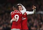 Arsenal choi te hai, 3 sao khung van khen Arteta hon Emery