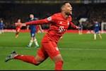 Bung no truoc Chelsea, Serge Gnabry di vao lich su Champions League