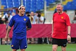 "Cuu sao MU: ""Alex Ferguson tu coi minh nhu thu tuong Anh!"""