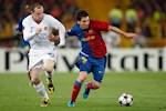 Messi va Rooney la dau tau chong Covid-19