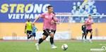 ANH: Ha Noi FC tung 3 qua bong vang ra san truoc tran gap Dong Thap