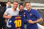 Arsenal khien Messi be mat tren mang xa hoi
