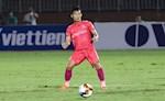 """Video: Giây phút kinh hoàng cựu tuyển thủ U23 Việt Nam """"nuốt lưỡi"""" trên sân Pleiku"""