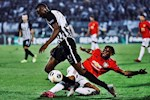 Tron 1 nam Aaron Wan-Bissaka voi Man United: Buoc tien than toc cua ga trai London tham lang