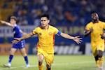 Video bong da Thanh Hoa vs Quang Ninh 2-0: Xu Thanh mo hoi