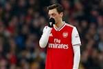 Mikel Arteta noi gi ve muc luong ky luc cua Mesut Ozil o Arsenal?