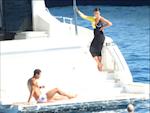 Sau khi trai nghiem, Ronaldo quyet dinh chi so tien khung mua du thuyen