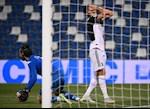 Ronaldo tit ngoi, Juventus chia diem that vong
