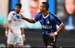 Chung kien Alexis Sanchez toa sang, HLV Conte noi dieu bat ngo