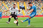 Im tieng truoc Udinese, Cristiano Ronaldo bi doi thu qua mat