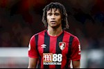 NONG: Vuot mat MU, Man City sap co Nathan Ake