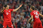Thomas Muller cay cu khi Lewandowski mat danh hieu Chiec giay vang