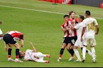 Thua dau don, sao Bilbao to Real Madrid duoc trong tai thien vi