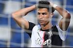 "HLV Juventus nhan Ronaldo: ""Thong minh thi nghi di!"""