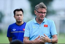 HLV Troussier au lo vi ke hoach vuon tam khu vuc cua U19 Viet Nam bi dao lon