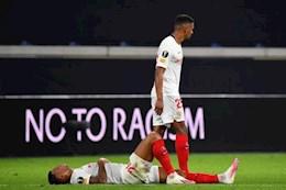 Doi thu cua MU nhan an phat tu UEFA truoc them ban ket Europa League