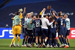 Nguoi thang ke thua sau tran Leipzig 0-3 PSG: Nga mu truoc Thien than