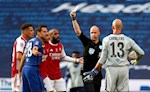 Anthony Taylor: Chuyen gia gay thu chuoc oan voi Chelsea