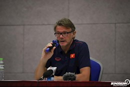 HLV Philippe Troussier len danh sach 100 cau thu tai nang cho U19 Viet Nam
