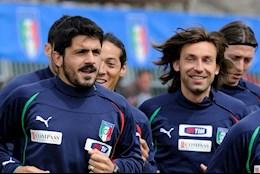 Vua dan dat Juventus, Andrea Pirlo da bi dong doi cu canh bao