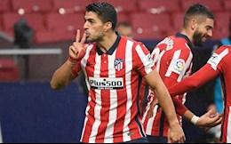 Mot minh Luis Suarez can ca hang cong Barca