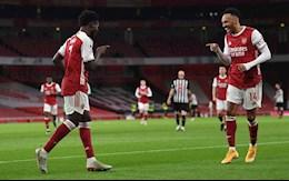 Video bong da Arsenal vs Newcastle: Aubameyang toa sang