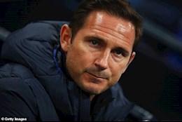 Bị sa thải, Lampard vẫn được Chelsea chơi đẹp