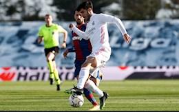 Video bong da Real Madrid vs Levante: Khoang cach 7 diem