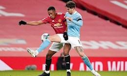 Ngã siêu đẹp, Martial vẫn kiếm pen bất thành trước Man City
