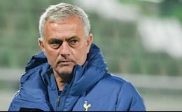 SỐC: Cầu thủ Tottenham ngày càng không phục Mourinho?