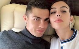 """Bạn gái chấp nhận """"hy sinh"""" vì Cristiano Ronaldo"""