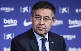 Khi may den chua bi xua tan tren bau troi Camp Nou