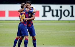 """Sao Barca chê đội nhà """"chuyển nhượng hài hước"""""""