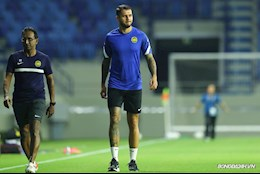 ĐT Malaysia: Tiền đạo gốc Brazil phải tập riêng trước trận gặp ĐT Việt Nam