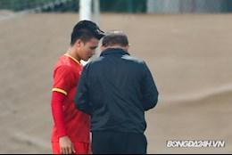 Thầy Park dặn dò riêng Quang Hải trước trận đấu với ĐT UAE