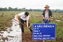 Nghỉ đá bóng, Lương Xuân Trường trải nghiệm làm nông dân thực thụ