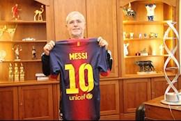 Vì sao áo đấu của Messi được trưng bày trong phòng truyền thống Bayern Munich?