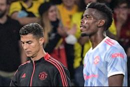 Ronaldo, Pogba bỏ mặc HLV Solskjaer sau trận thua Young Boys