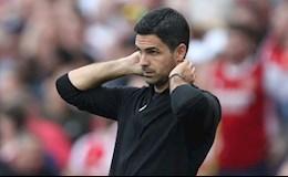 Mertesacker thừa nhận Arsenal chưa thể sớm trở lại Champions League
