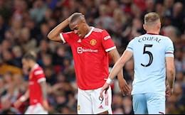 Martial nhận chỉ trích tơi bời sau trận thua của MU
