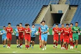Đình Trọng, Duy Mạnh vẫn tiếp tục tập luyện cùng ĐT Việt Nam