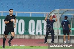 Trọng tài FIFA: Đáng ra phải là penalty cho ĐT Việt Nam và thẻ vàng cho cầu thủ Australia
